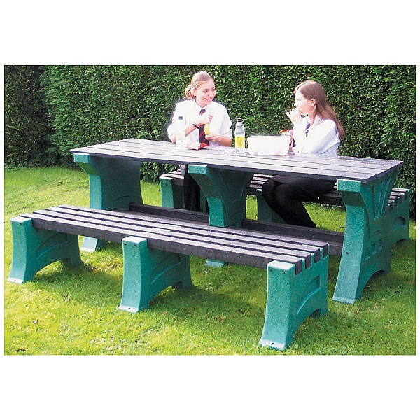 Outdoor Premier Table