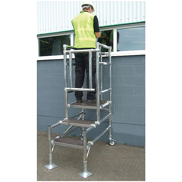 Industrial Telescopic Podium Steps