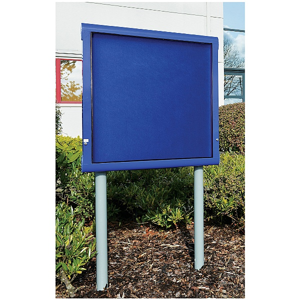 WeatherShield Lockable External Freestanding Showcase
