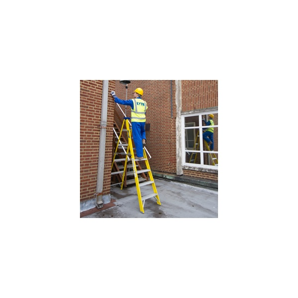 Lyte Heavy Duty Trade Glassfibre Swingback Step Ladders