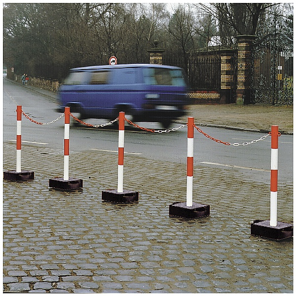 TRAFFIC-LINE Extern Heavy Duty Chain Posts - Metal Base