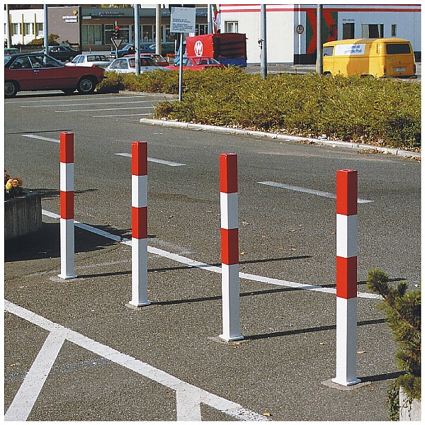 TRAFFIC-LINE Minder B Barrier Posts